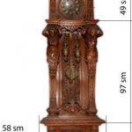 Антикварные напольные часы. Корпус -массив дуба.